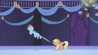 Applejack restrains Rainbow Dash S01E02