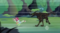 Timberwolf chasing Granny S2E12.png