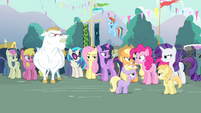 Other ponies shh Pinkie S4E13