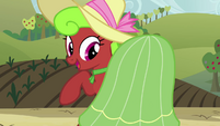 Apple Bottoms dancing S3E8
