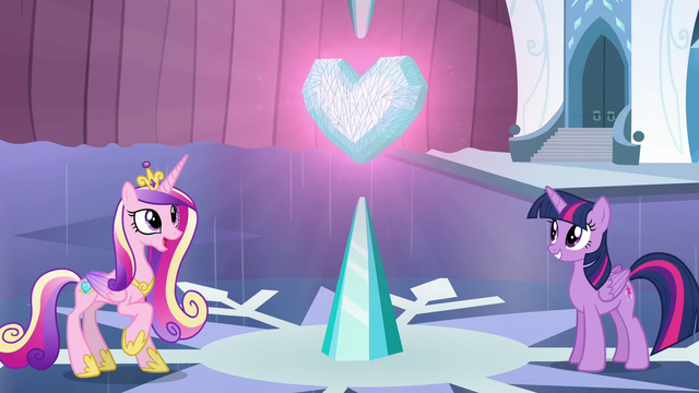 File:Cadance and Twilight happy S6E2.png