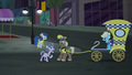 "Elderly mare ""I'm trotting here!"" S5E16.png"
