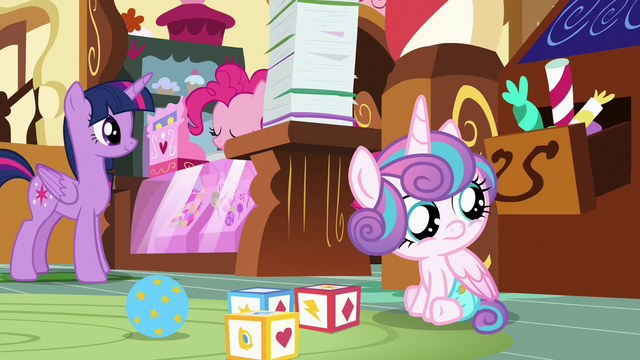 File:Flurry Heart watches the Cake twins fight S7E3.png