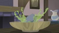 Rock plunks into a bowl of soup S5E20