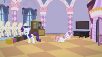 Sweetie Belle walking away 3 S2E05