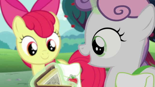 "File:Sweetie Belle ""these old carts look so cool!"" S6E14.png"