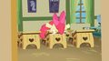 Apple Bloom hit herself against the table S02E12.png