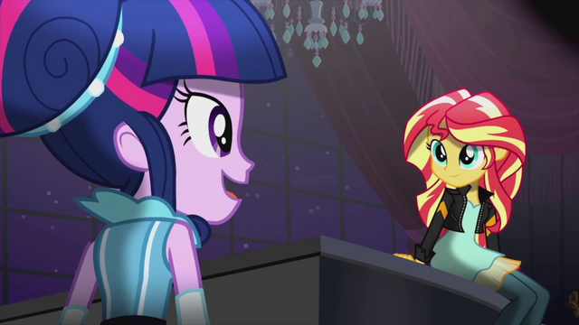 File:Twilight singing and looking at Sunset EG2.png