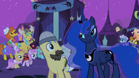 Ponies cheering for Luna S2E04