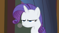 Rarity narrowing her eyes S1E21