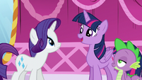 "Twilight ""those old-fashioned books you wanted to donate"" S5E22"