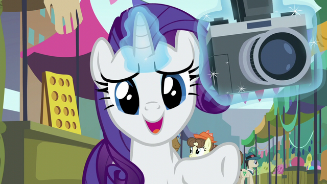 File:Rarity tells Maud to back up twenty yards S6E3.png
