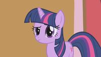 """Twilight Sparkle """"hmm"""" S1E04"""