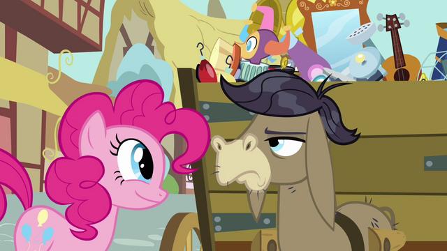 File:Pinkie Pie Wagon Buddies S02E18.png