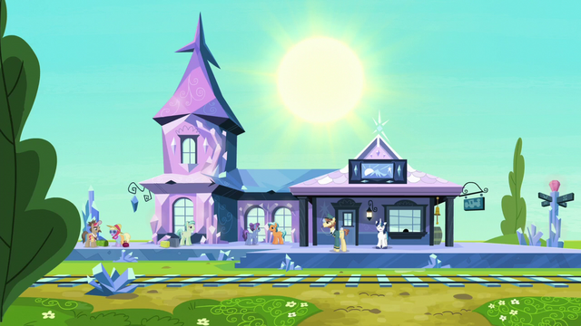 File:Shining Armor at the train station S6E1.png