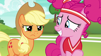 Applejack disappointed in Pinkie Pie S6E18