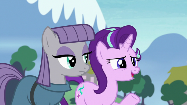 "File:Starlight Glimmer ""just hanging out"" S7E4.png"