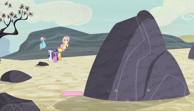 File:Pinkie flattened by boulder S5E1.png