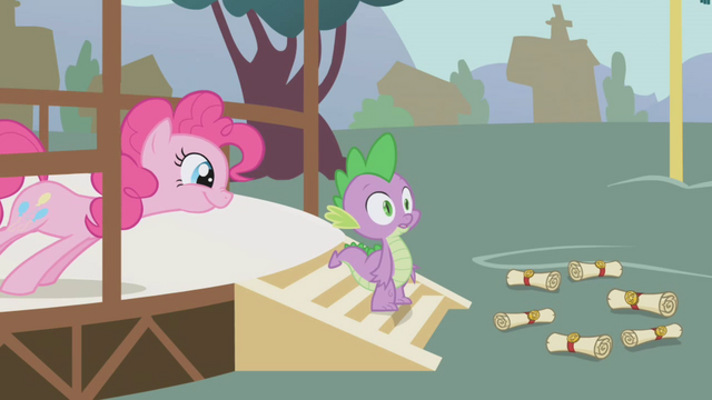 File:Pinkie waiting for the reaction S1E5.png