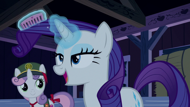 File:Rarity straightening her mane S6E15.png