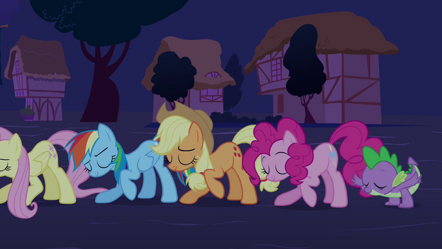"File:Twilight's friends ""an inspiration to us all"" S03E13.png"