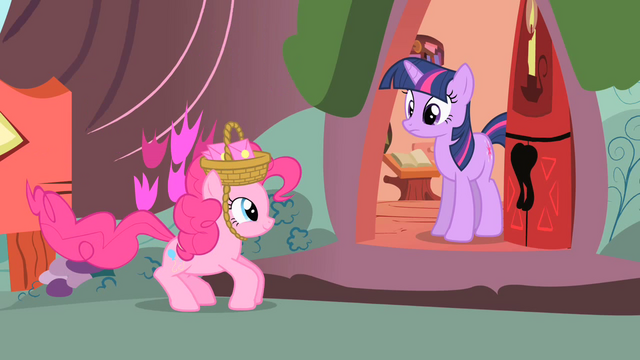 File:Pinkie Pie going to Twilight to invite her to another party S1E25.png