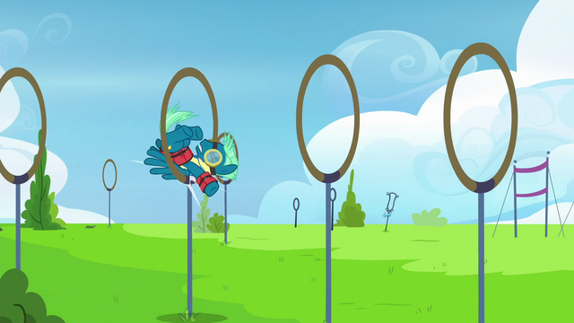 File:Sky Stinger bounces clumsily from ring to ring S6E24.png
