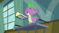 "Spike ""if you can't stand the heat"" S7E3"