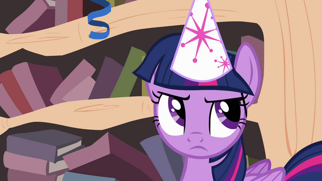 File:Twilight rolls her eyes S4E04.png