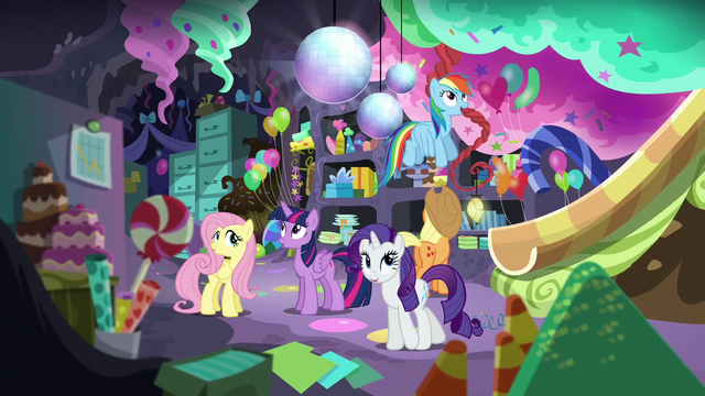 File:Mane 6 in Pinkie's basement S5E11.png