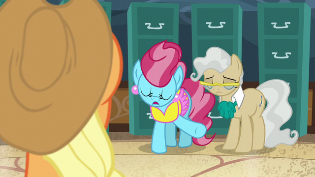 """File:Mrs. Cake """"these things are never easy"""" S7E13.png"""