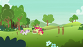 Cutie Mark Crusaders stretch a large rubber band S7E7.png