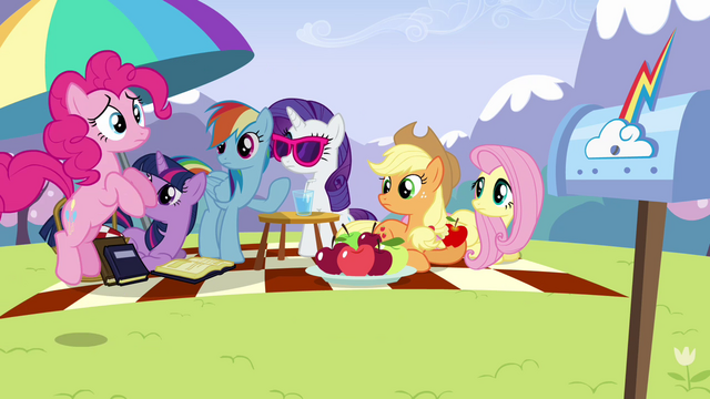 File:Pinkie Pie 'I can't wait another minute' S3E7.png