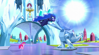 Luna warping into the next dream S5E13