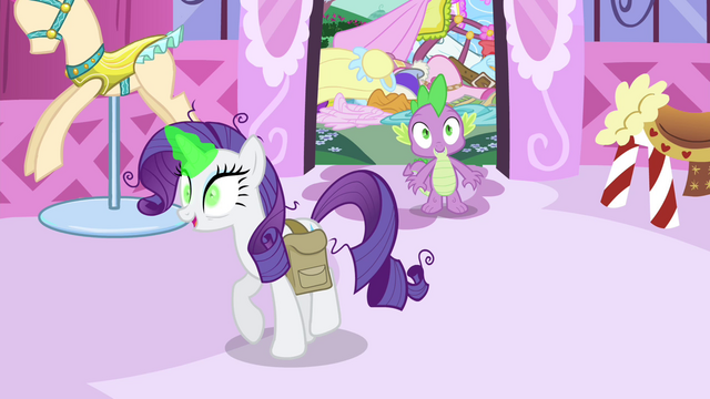 File:Rarity and Spike in the boutique S4E23.png