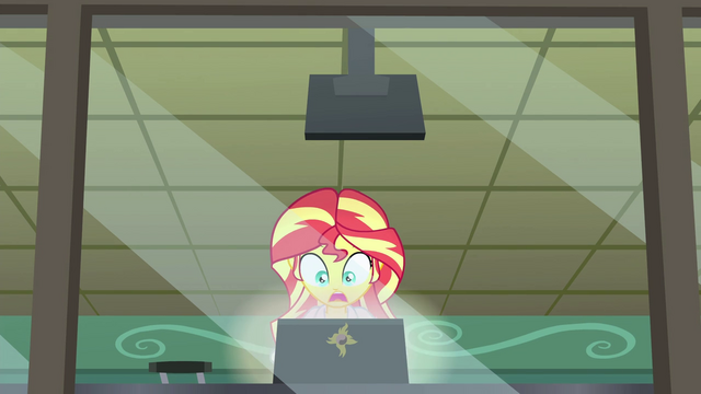 File:Sunset scared as her laptop screen flashes EG3.png