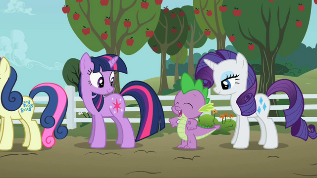 File:Twilight, Spike, And Rarity S2E15.png