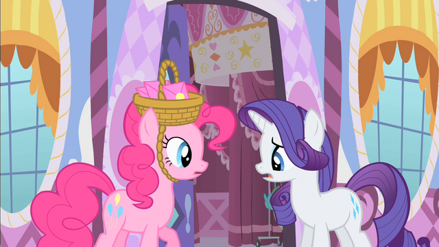 File:Rarity declining Pinkie's invitation S1E25.png