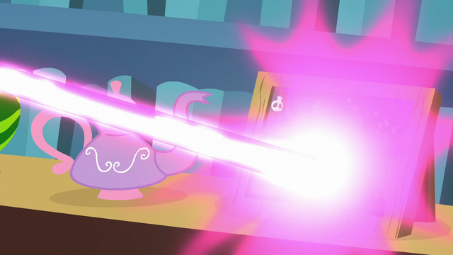 File:Starlight turns scroll into a teapot S6E21.png