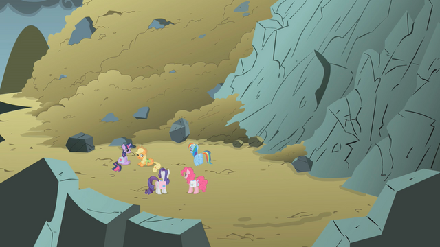 File:Avalanche aftermath S1E7.png
