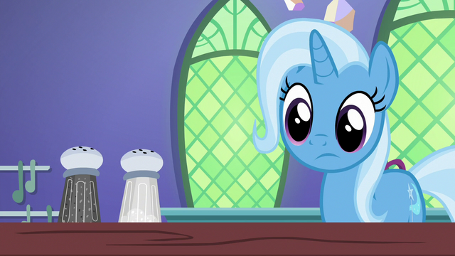 File:Trixie sees the salt shaker is unchanged S7E2.png