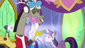 Discord happy to help S7E1.png