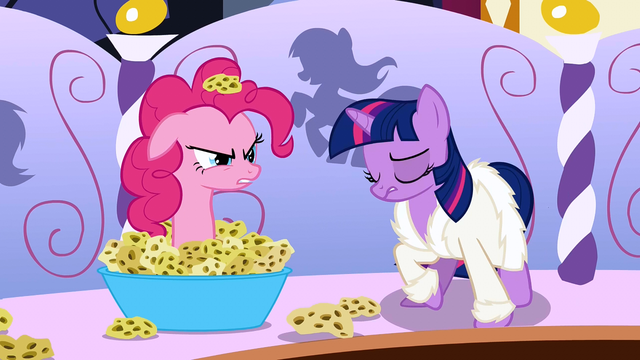 File:Pinkie Pie sticking out of sponges S1E20.png