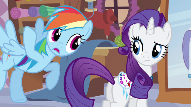 File:Rainbow Dash pointing out S3E11.png