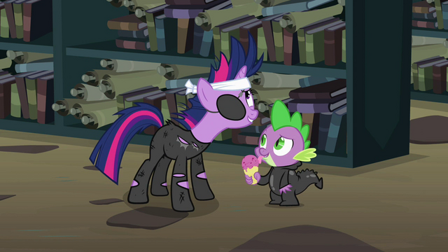 "File:Twilight ""I look ridiculous"" S02E20.png"