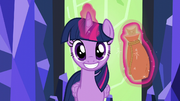 Twilight grinning suspiciously S5E22