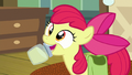 Apple Bloom presents jar of pear jam S7E13.png
