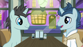 Neon Lights and polo pony in a diner S6E12.png