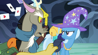 Discord tossing Trixie's saddlebag supplies S6E25