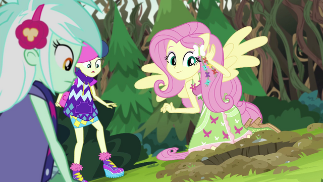 File:Fluttershy hears the gophers' signal EG4.png